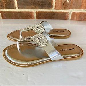 NWOT Bamboo silver embellished flip flop sandals